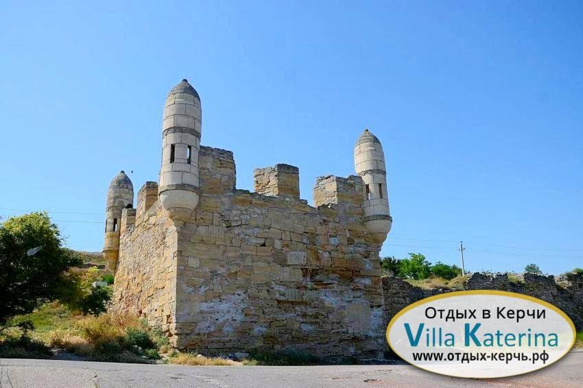 Крепость Еникале. Отдых в Крыму